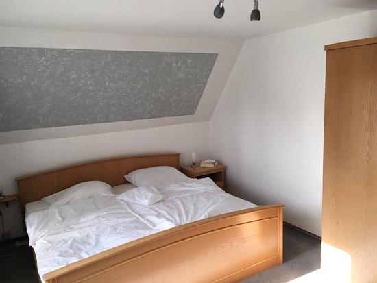 """Hotel und Restaurant """"Schutzenheim am Kanal"""""""