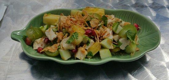 Thai Kitchen: Gai Chom Suan - starter