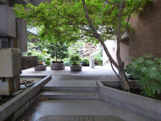 Waterfall Garden Park : garden
