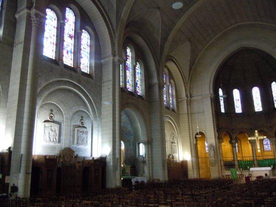 Eglise Saint Charles de Monceau