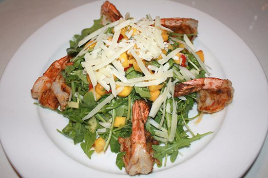‪‪Newtown‬, كونيكتيكت: Shrimp and Mango Arugula Salad‬