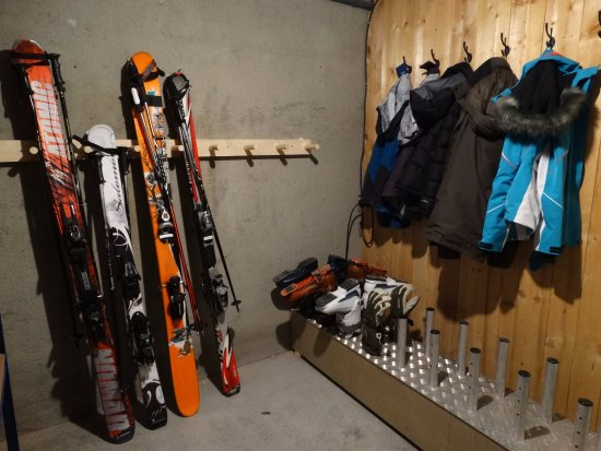Seez, France: Boot Room