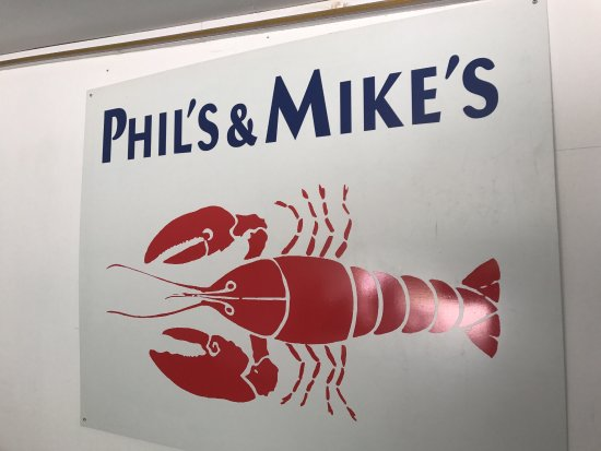Phil's Route 27 Lobster Shop: photo0.jpg