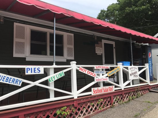 Phil's Route 27 Lobster Shop: photo1.jpg