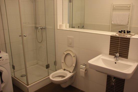 apartmenthouse berlin bewertungen fotos preisvergleich deutschland. Black Bedroom Furniture Sets. Home Design Ideas