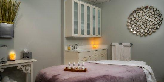 Bay Harbor, MI: Relaxing treatment rooms