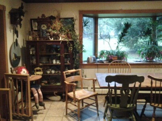 Coopersburg, PA: dining room for breakfast