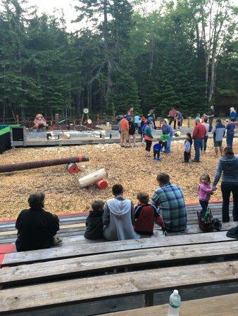 Ellsworth, ME: Timber Tina's Great Maine Lumberjack Show