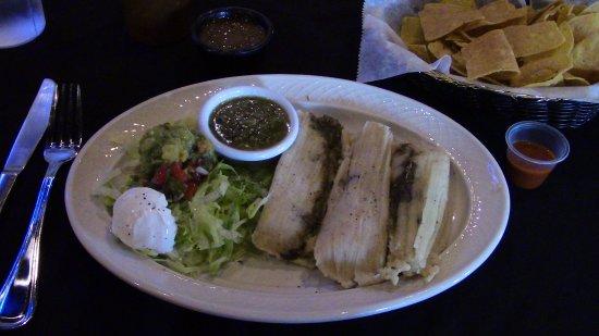 Gretna, LA: Tamales Lunch Special.