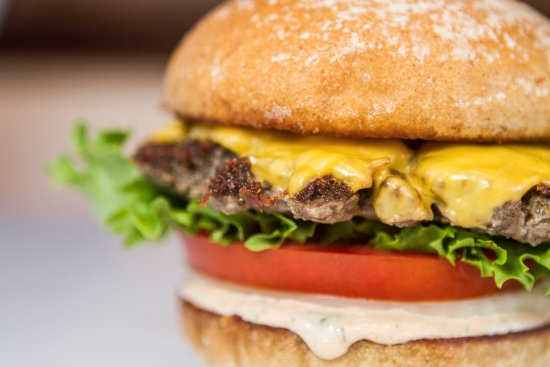 Burger Lounge: The signature Lounge Burger