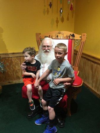 Santa Claus Christmas Store: Santa