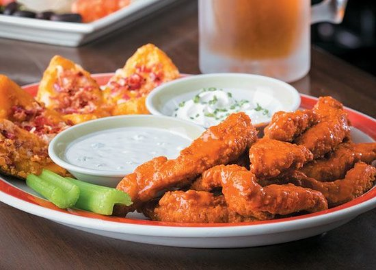 ‪‪99 Restaurants‬: Boneless Wings & Skins Sampler‬