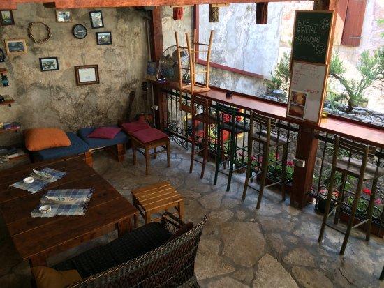 Freedom Hostel Budva: La terrazza