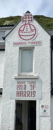 Остров Харрис, UK: The building opposite the shop