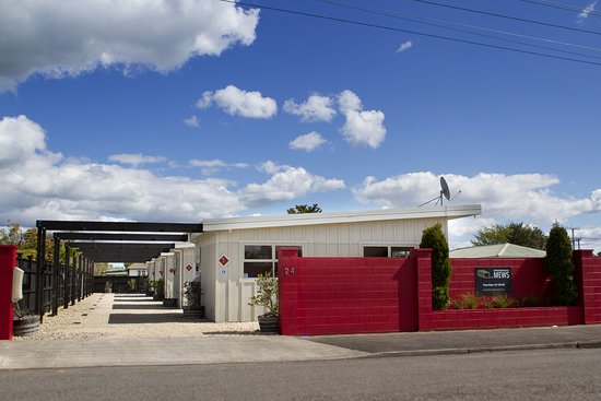 Martinborough Mews: View from the street, we have one cottage with fence for dogs and children.