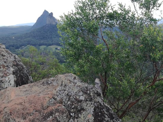 Glass House Mountains, Australia: March 2017 nice climb to the top
