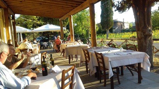 La taverna di campagna monte antico ristorante for Ristorante della cabina di campagna