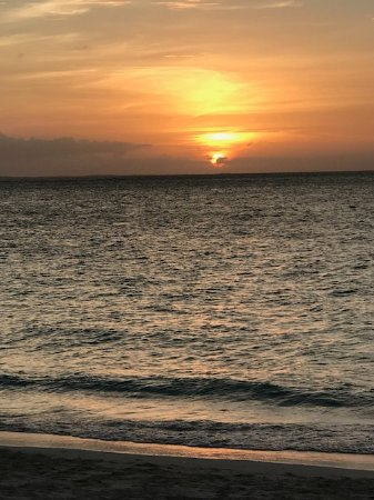 The Somerset on Grace Bay: Sunset on the beach