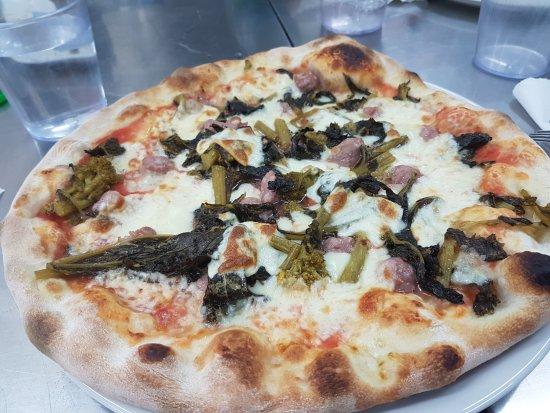 Pieve di Soligo, Italy: Pizzeria Tramonti SNC Di Fariello Mirko & C.