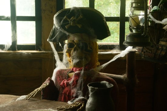 Bromyard, UK: the pirate captain doesn't look in the best of health