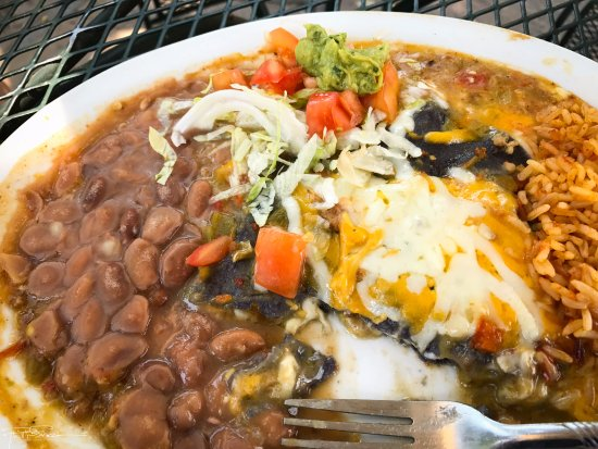 Ranchos Plaza Grill: Blue corn stacked enchiladas with green chili.