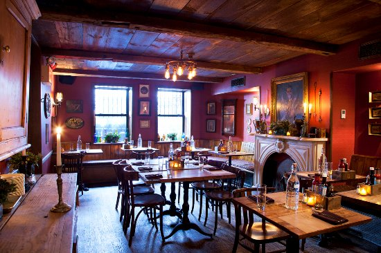 Enjoy lunch or dinner in the Abingdon Room Picture of Shakespeare