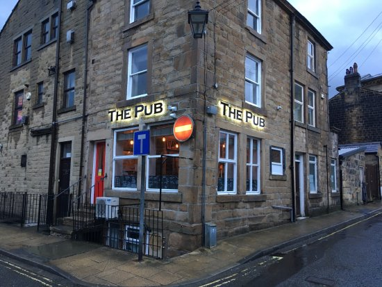 Todmorden, UK: The Pub