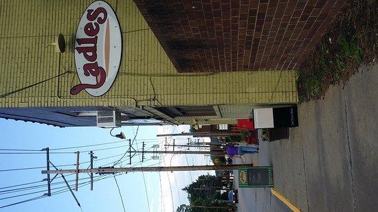 Ladles Restaurant Springdale Pa