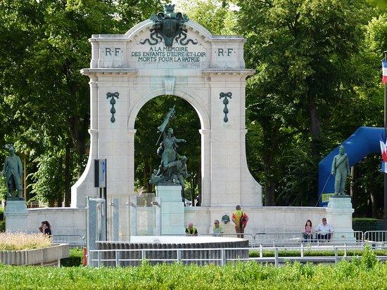 A la memoire des enfants d'Eure-et-Loir morts pour la Patrie