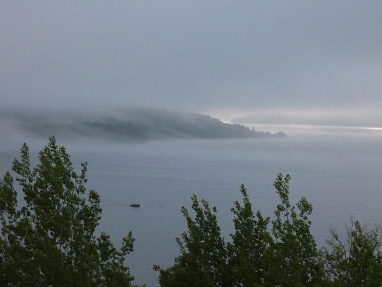 Holiday Inn Express Munising -  Lakeview: View from our room in the morning - sunrise and fog