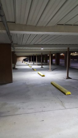 Fully lighted Garage Parking an amenity in winter (do I read no snow cleaning from my car)