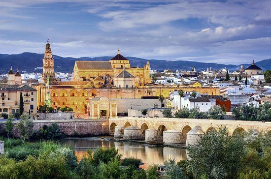 Cordoba Small-Group Day Tour from