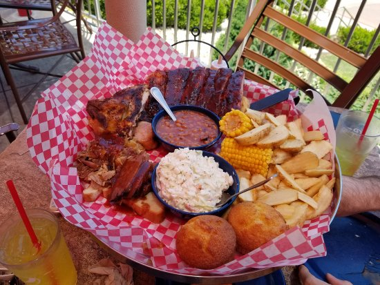 Famous Dave's Barbeque: 20170627_133058_large.jpg