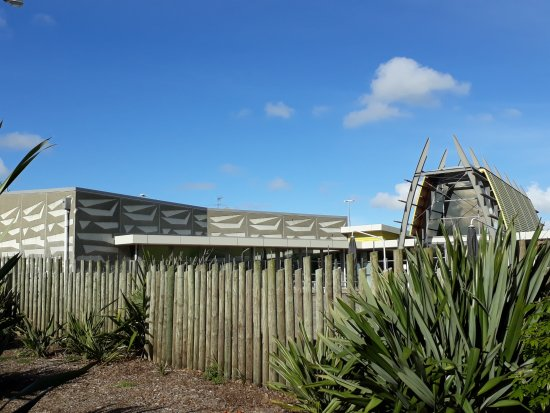 Manukau, New Zealand: Distinctive exterior incorporating a waka design