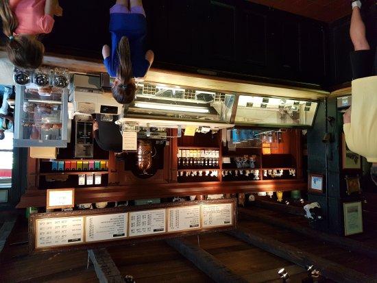 Halo Pub: 20170628_195835_large.jpg