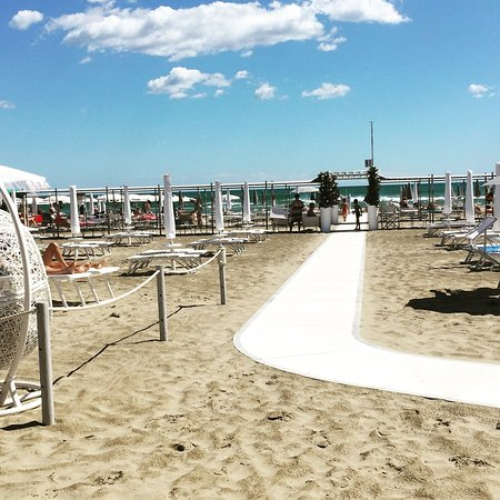 Bagno 81 (Riccione) - 2018 All You Need to Know Before You Go (with ...