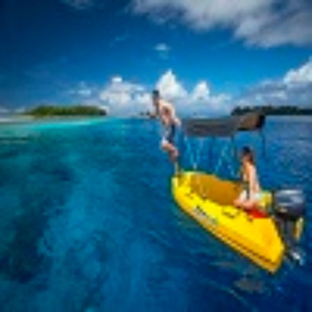 Solomon Islands: Swimming and exploring in the Western Province