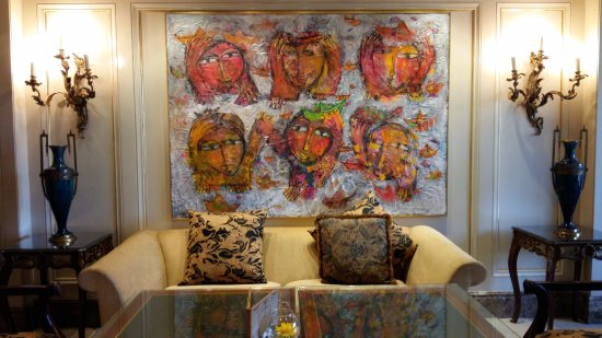 Four Seasons Hotel Cairo at the First Residence: gorgeous art work