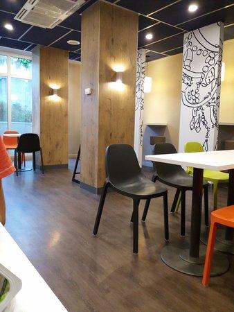 Ibis Budget Albi Centre: Salle du petit déjeuner