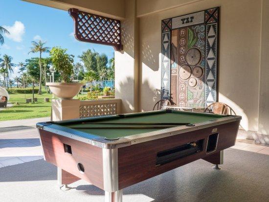 Fiesta Resort & Spa Saipan: Pool table