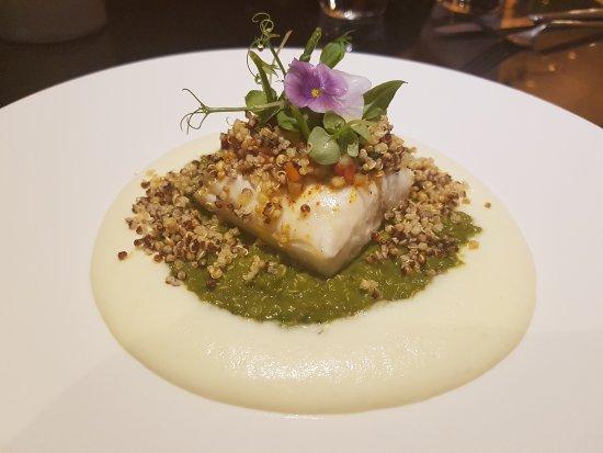 فور سيزونز هوتل: Seafood Bar