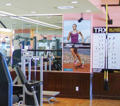 Fiesta Resort & Spa Saipan: Fitness Center open daily 5:00am - 11:00pm