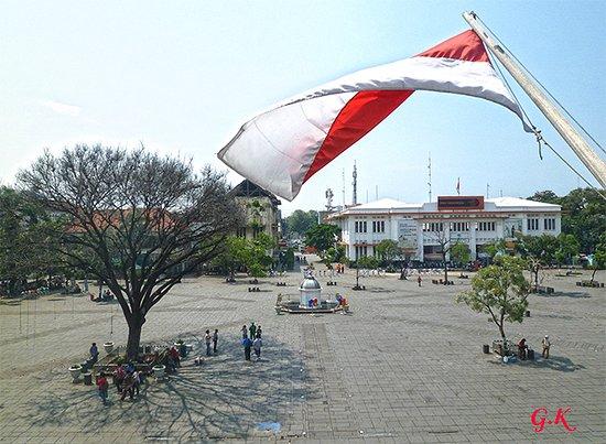 Jakarta History Museum (Fatahillah Museum): La plaza Fatahillah, desde el Museo de Historia de Yakarta