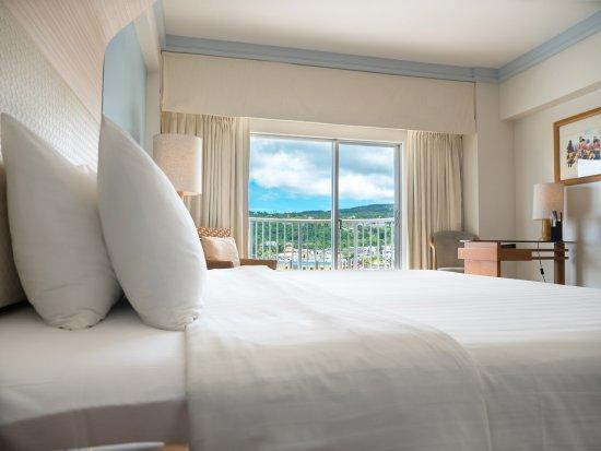 Fiesta Resort & Spa Saipan: Mountain view king