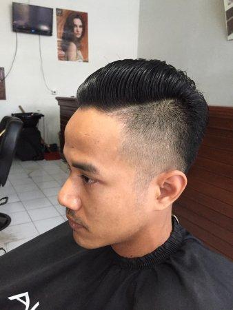 Barber And Hair Salonarnibali Man Hair Cut Ladies Hair Cut
