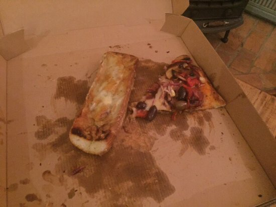Yungaburra, Australia: Pizza night!