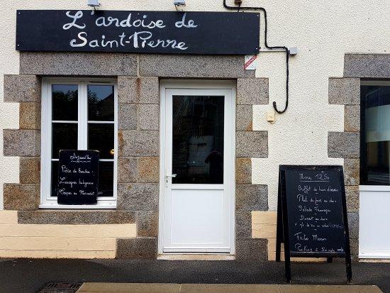 Saint-Pierre-des-Nids, Frankrike: L'Ardoise De Saint-Pierre