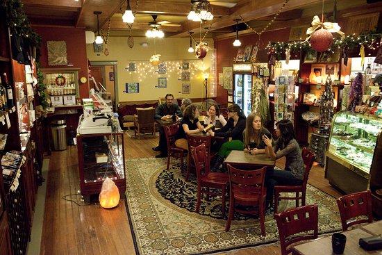 Washington, IA: Cafe Dodici's Shop
