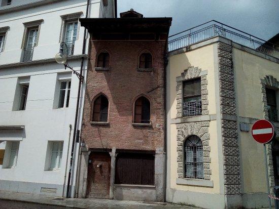 Casa trecentesca di Via Mazzini