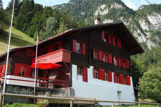 Rossinière, Szwajcaria: Chalet été